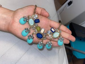 Gorgeous jewel necklace for Sale in Las Vegas, NV