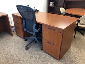 Cherry Finished Desk for Sale in Philadelphia, PA