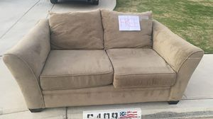 FREE couch!! for Sale in Bakersfield, CA
