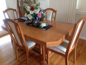 Dining room set for Sale in Fort Washington, MD