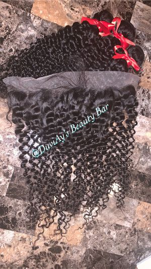20inch curly bundles w/ frontal for Sale in Suffolk, VA