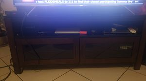 Tv stand metal, glass , wood,finish 60 inches for Sale in Lake Worth, FL