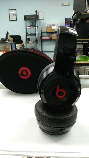 Beats by Dr Dre B0534 Solo2 Wireless for Sale in Joliet, IL