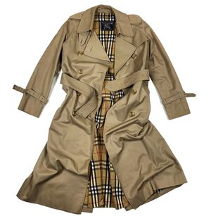 Vintage Burberry Women's small trench coat for Sale in Olympia, WA