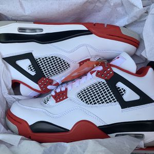 Ds Air Jordan Fire Red 4s Size 8.5 for Sale in Houston, TX