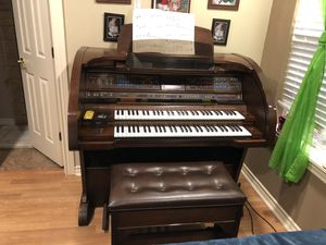 Lowrey organ for Sale in Dallas, TX