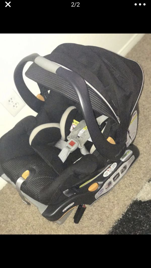 Chicco infant car seat with base smoke pet free home super clean and well taken care of
