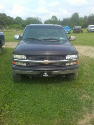 02 chevy 1500 HD for Sale in Clymer, PA
