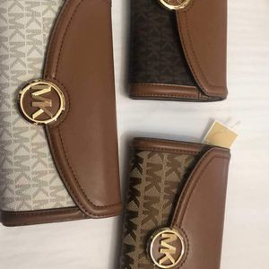 Michael Kors Wallets for Sale in Anaheim, CA