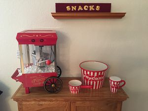 SNACKS POPCORN AND CANDY GAME ROOM THEATER DECORATION TH for Sale in Ripon, CA