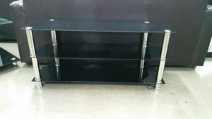"""47"""" tv stand black and chrome for Sale in Las Vegas, NV"""