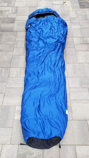 The north face mummy sleeping bag for Sale in Los Angeles, CA
