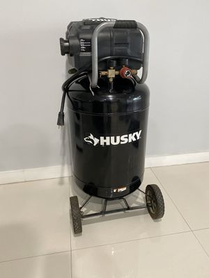 Husky Compressor 20 Gal for Sale in Miami, FL