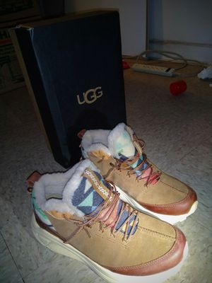 Womens 8.5 Ugg Boots NEW for Sale in Las Vegas, NV