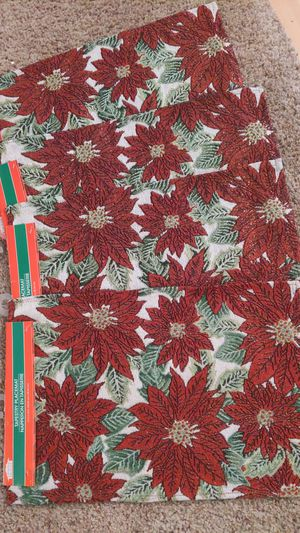 4 poinsettia placemats new for Sale in Suffolk, VA