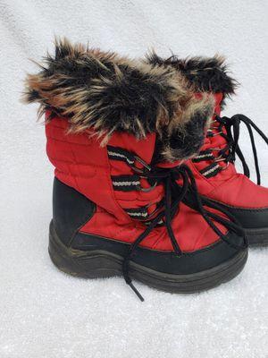 Snow winter boots kids size 8 for Sale in Auburn, WA