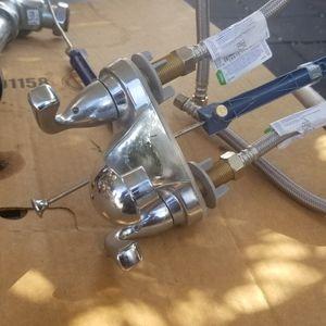 llaves Para Baño for Sale in Pomona, CA