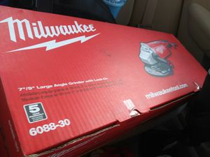 Milwaukee 15 Amp 7/9 in. Large Angle Grinder with Trigger Lock-On Switch for Sale in San Marcos, CA