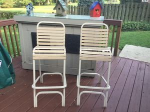 Outdoor bar stools patio furniture for Sale in Mount Prospect, IL