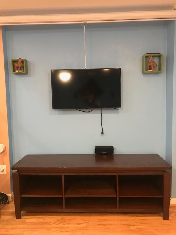 TV stand for TV up to 80 inch