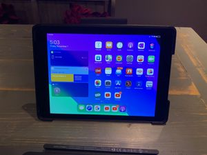 Apple iPad 6th gen for Sale in Seffner, FL
