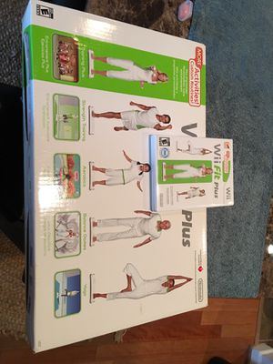 Wii Fit Plus Balance Board & Game in Great Condition for Sale in Houston, TX