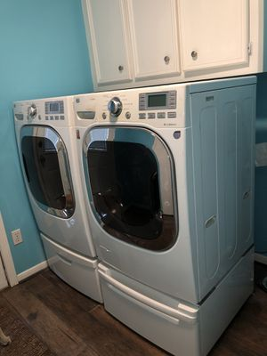 LG TRUE steam, energy star, trueBalance, anti vibration system , FRONT LOAD ELECTRIC DRYER& WASHER for Sale in Houston, TX