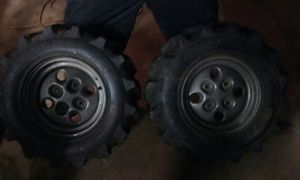 2 Kenda quad tires new for Sale in Pittsburgh, PA