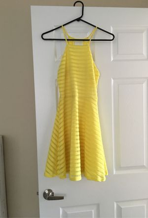 Yellow Charlotte Russe dress size S for Sale in Herndon, VA