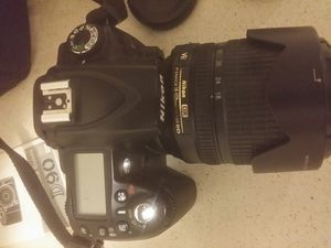 DSLR Camera. Nikon D90 for Sale in Raleigh, NC