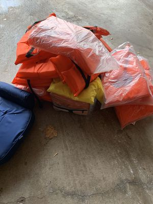 Life jacket and chair for Sale in Wheaton, IL