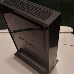 NETGEAR N300 4-port WiFi Wireless Router for Sale in Mascoutah, IL