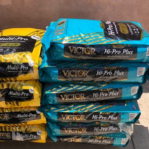 VICTOR DOG FOOD for Sale in Moreno Valley, CA