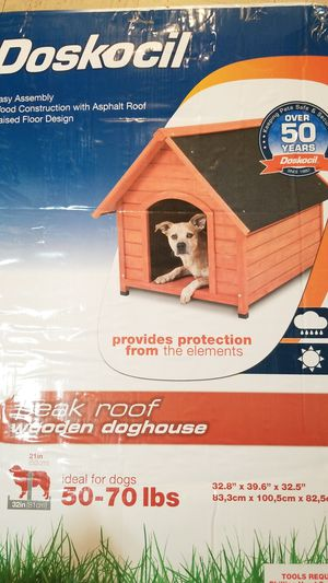 Dog house for Sale in Salinas, CA