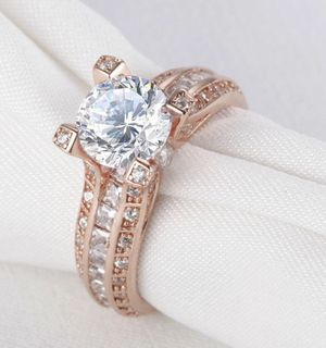 New 18 k rose gold Engagement ring wedding ring set for Sale, used for sale  New York, NY