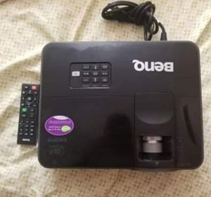 🔥BenQ 3D SmartEco 3D DLP Projector 🔥 for Sale in Columbus, OH