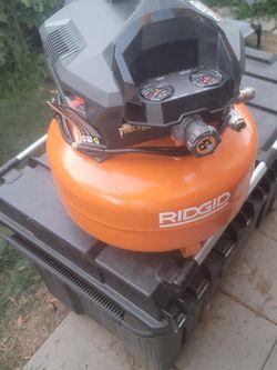 Ridgid 6 Gallon Compressor for Sale in West Covina,  CA