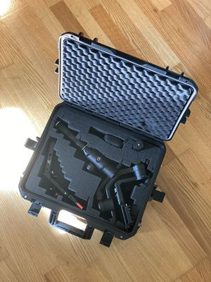MOZA Air 2 with additional handle and newer hard case for Sale in Seattle, WA