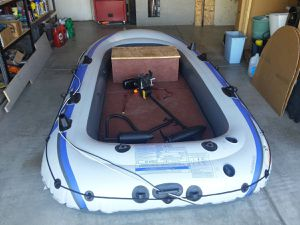 10 ft inflatable raft with custom floor and bench for Sale in Nuevo, CA