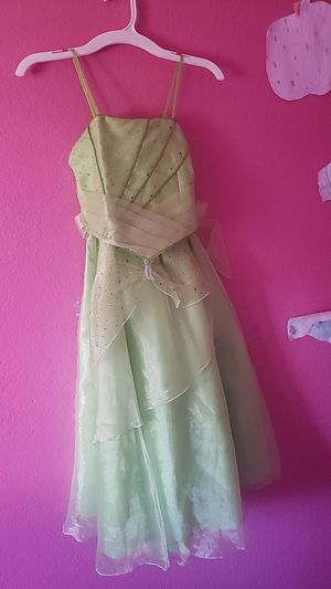 Girls dress for Sale in Rialto, CA