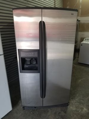 Kenmore stainless steel refrigerator for Sale in Nashville, TN