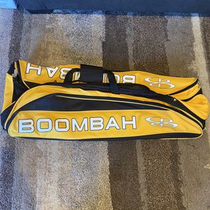 Baseball bat carrying case for Sale in Commack, NY