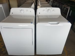 White GE Washer And Dryer Set for Sale in Tampa, FL