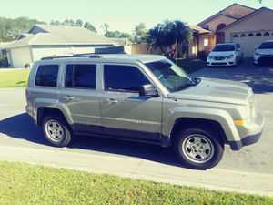 2014 Jeep Patriot. $ 8500 Everything works good on it. for Sale in Orlando, FL