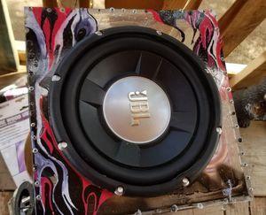 JBL sub with custom box for Sale in Amarillo, TX