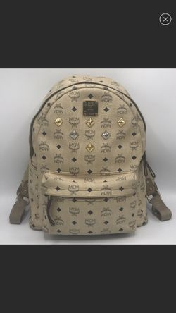 Authentic MCM BACKPACK for Sale in Los Banos,  CA