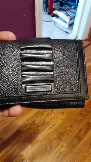 Burberry wallet for Sale in The Bronx, NY