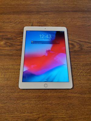 Ipad mini 4 wifi cellular unlocked 32gb for Sale in Mesa, AZ