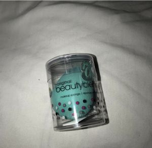 Beauty blender authentic for Sale in San Diego, CA