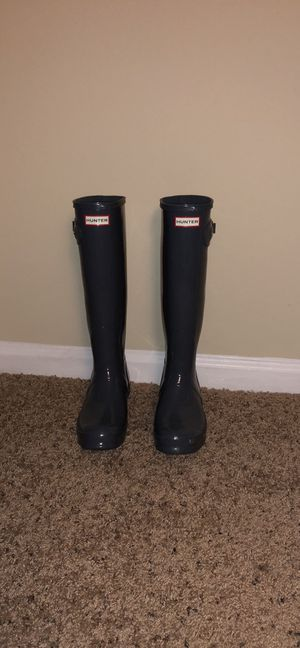 Hunter Rain Boots Tall: Glossy grey for Sale in Tampa, FL